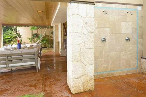 Paia Beach Luxury Home - Paia, HI 96779