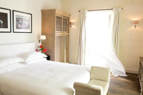 Habitación Doble Superior con terraza - 1 o 2 camas - Uso individual Cugó Gran Menorca 2
