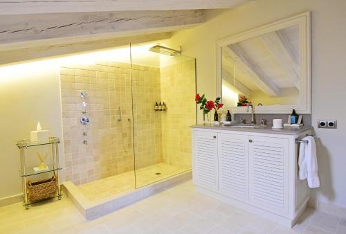 Habitación Doble Deluxe Superior - 1 o 2 camas  - Uso individual Cugó Gran Menorca 6