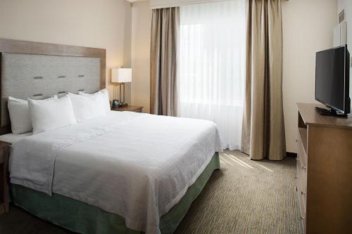 Homewood Suites by Hilton Albuquerque Uptown - Albuquerque, NM NM 87110