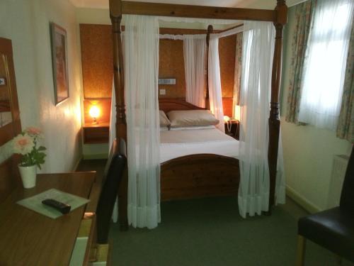 Mornington Hotel - Photo 6 of 24