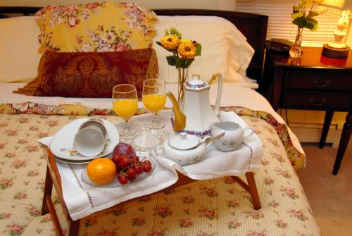 . Arbor View House Bed and Breakfast