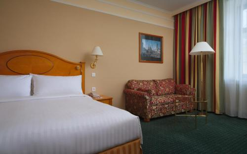 Moscow Marriott Grand Hotel - image 7