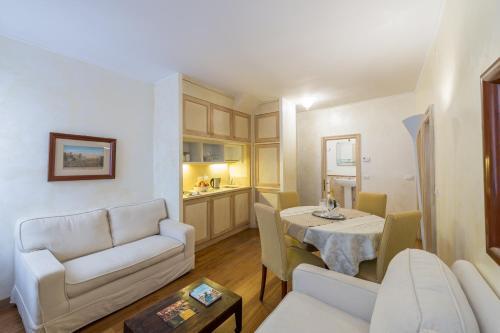 . Romantic Suite San Marco