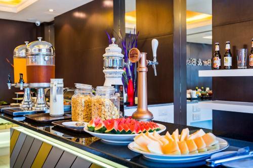 Qiu Hotel Sukhumvit photo 15