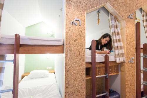 Barn & Bed Hostel photo 21