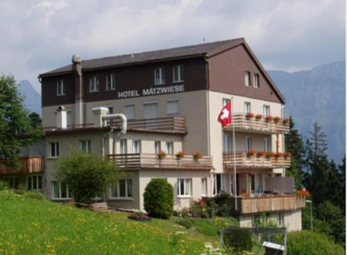 . Hotel Garni Maetzwiese