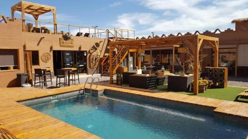 . Hoteles Pueblo de Tierra