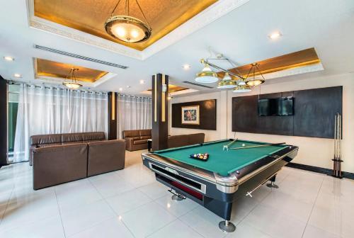 Qiu Hotel Sukhumvit photo 56