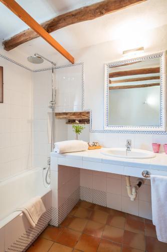 Standard Doppel- oder Zweibettzimmer Finca Hotel Es Castell 14