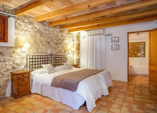 Standard Doppel- oder Zweibettzimmer Finca Hotel Es Castell 10