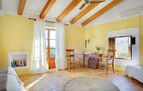 Superior Doppelzimmer mit Terrasse Finca Hotel Es Castell 12