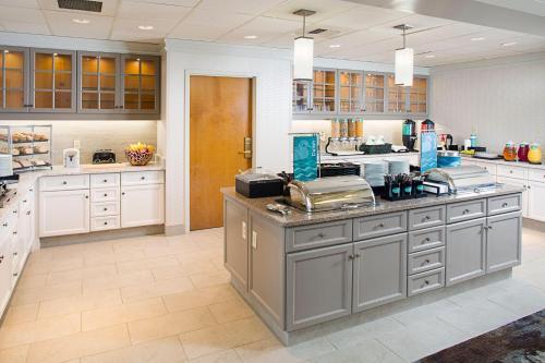 Homewood Suites By Hilton Colorado Springs-North - Colorado Springs, CO 80920
