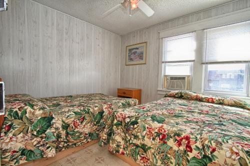 Shore Beach Houses-20-3 Dupont Avenue - Seaside Heights, NJ 08751