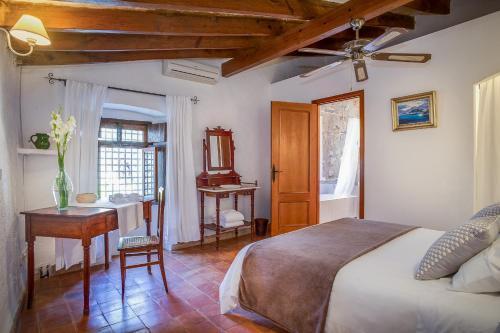 Standard Doppel- oder Zweibettzimmer Finca Hotel Es Castell 2