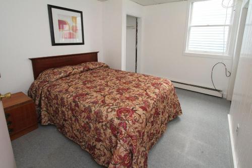 Shore Beach Houses - 57 Dupont Ave - Seaside Heights, NJ 08751