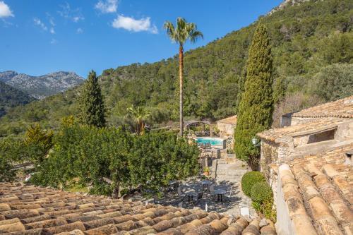Superior Doppelzimmer mit Terrasse Finca Hotel Es Castell 5