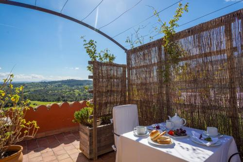 Superior Doppelzimmer mit Terrasse Finca Hotel Es Castell 1