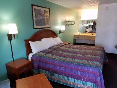 Americas Best Value Inn-Indy South - Indianapolis, IN 46237