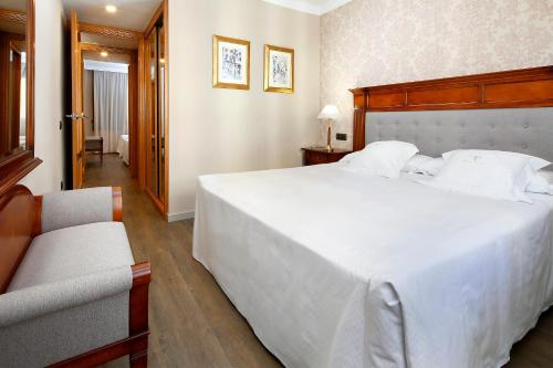 Apartaments-Hotel Hispanos 7 Suiza photo 24