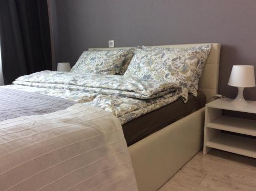 . Apartment on Lavrova 9