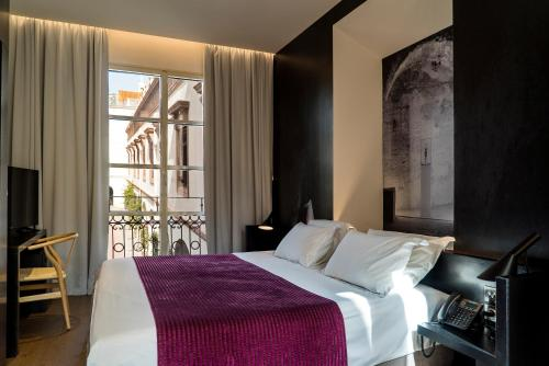 Double or Twin Room Aire Hotel & Ancient Baths 13