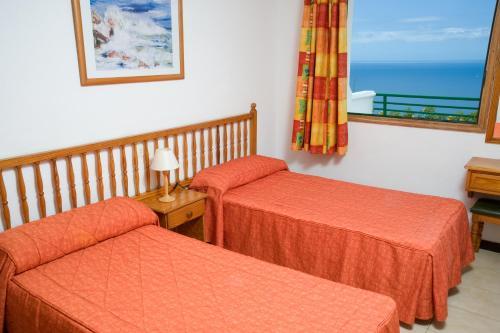 Фото отеля Apartamentos Palmera Mar