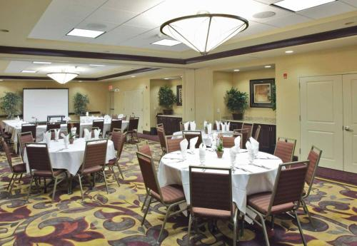 Hilton Garden Inn Clovis - Clovis, CA 93612