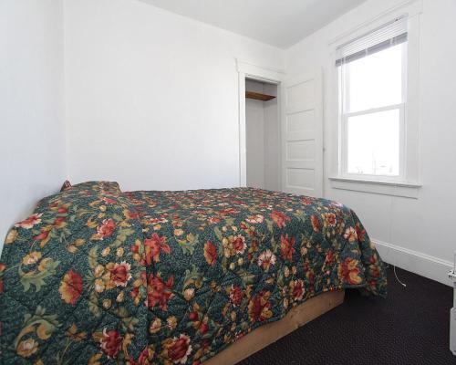 Shore Beach Houses - 38 B Lincoln Ave - Seaside Heights, NJ 08751