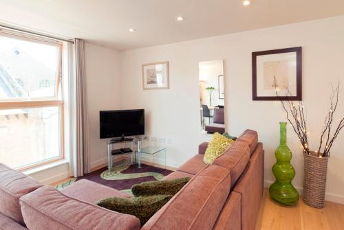 . Your Space Apartments Cambridge Place