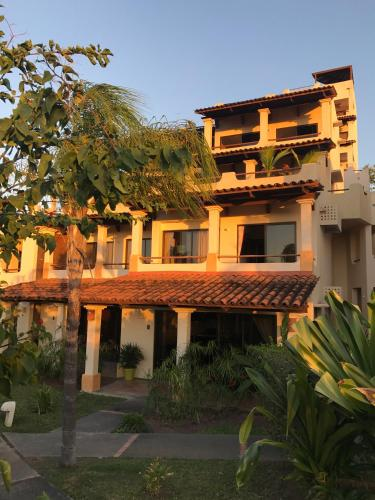 . Coco Sunset Hills #52