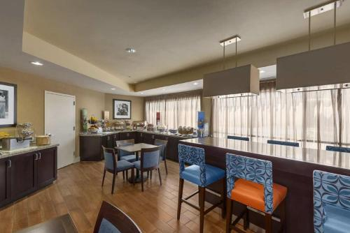 Hampton Inn Merrillville - Merrillville, IN 46410