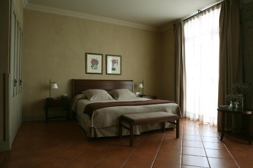 Superior Double or Twin Room Bremon 15