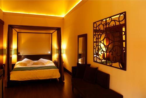 Suite Hotel Spa Martín el Humano 7