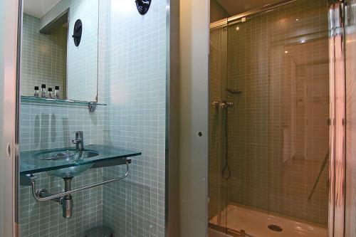 ClassBedroom Apartments I photo 46