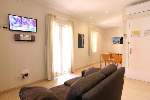 ClassBedroom Apartments I photo 50