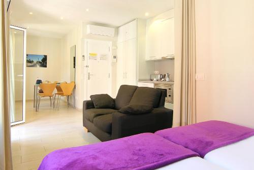 ClassBedroom Apartments I photo 55