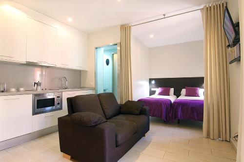 ClassBedroom Apartments I photo 57