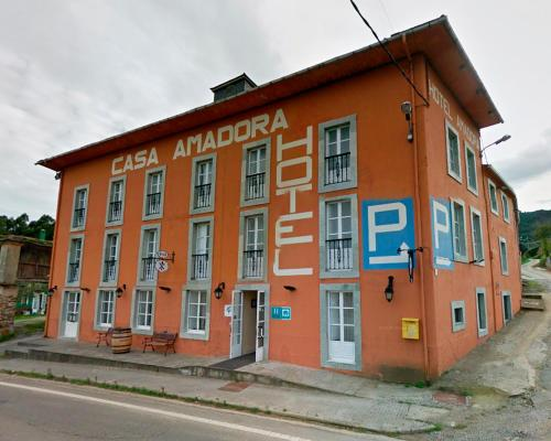 . Casa Amadora