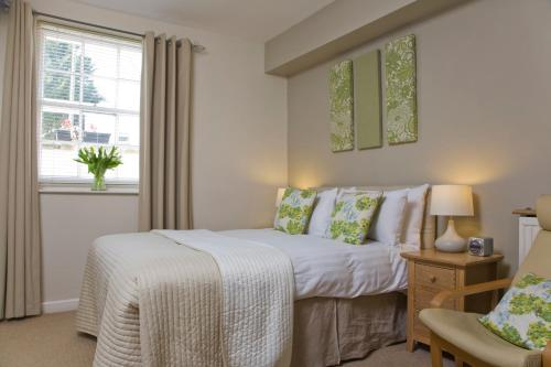 The Cheltenham Townhouse & Apartments - Photo 4 of 48