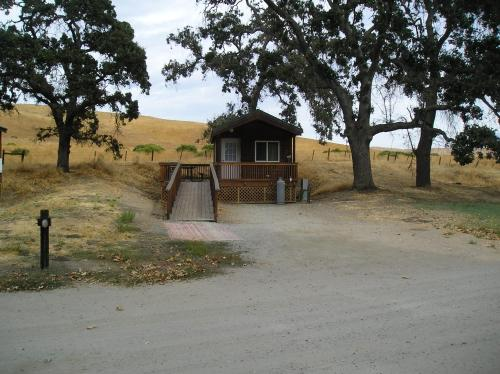San Benito Camping Resort One-Bedroom Cabin 9