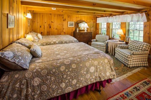. Snowvillage Inn