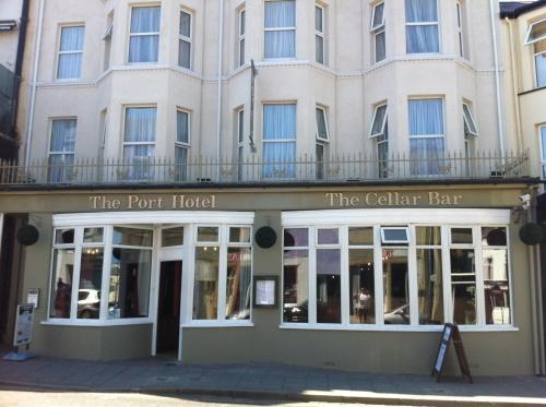 The Port Hotel (Bed & Breakfast)