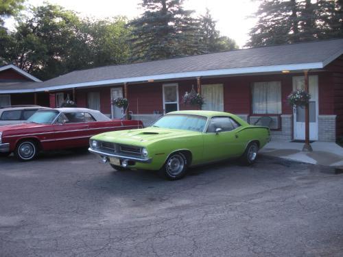 . Woodland Motor Lodge