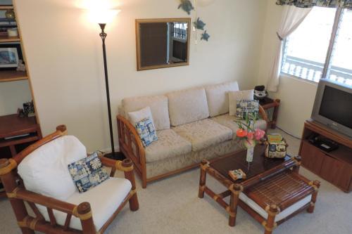 Kona Shores Privately Owned Condo - Kailua Kona, HI 96740