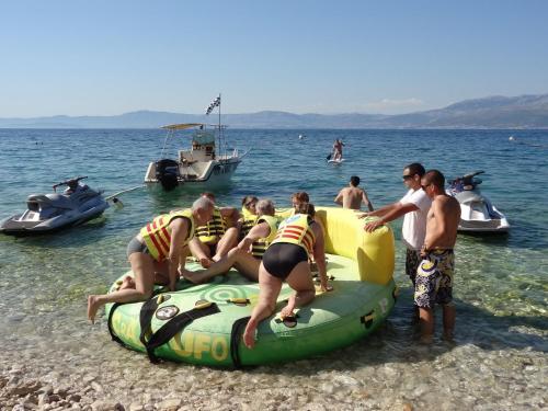 Put Vele Luke 31, 21400 Supetar, Croatia.