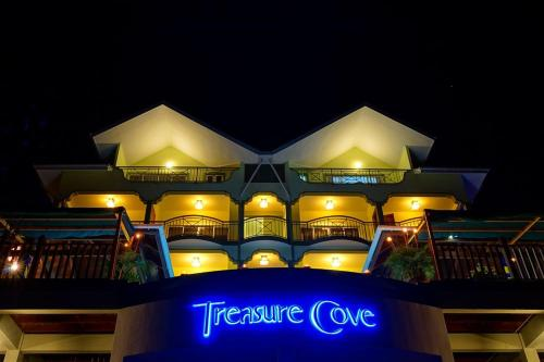 . Treasure Cove Hotel & Restaurant