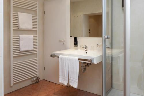 Centro Hotel Mondial photo 9