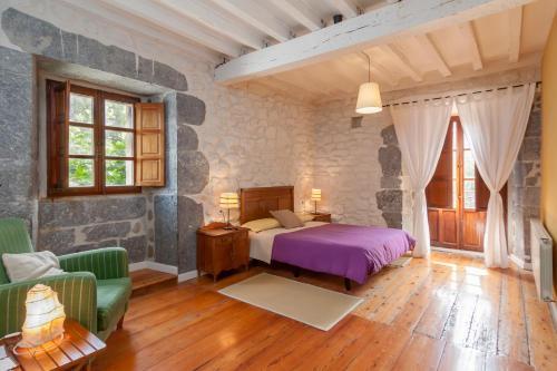 Seven-Bedroom House Casona Valle de Soba 24