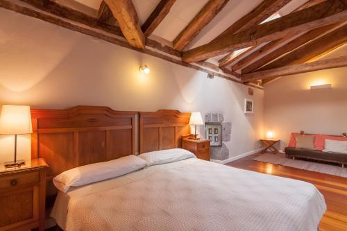 Seven-Bedroom House Casona Valle de Soba 26